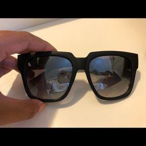 QUAY Australia Sunglasses - ON THE PROWL